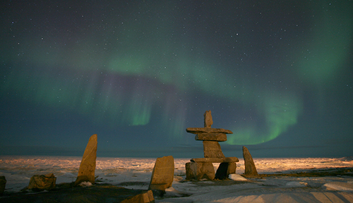 Inuksuk and northern lights