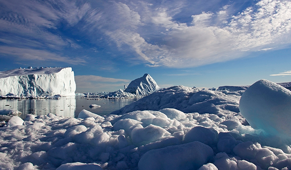 Most icebergs in the Northern Hemisphere break off from glaciers in Greenland. Sometimes, they drift south with the currents into the North Atlantic Ocean. ©Candice Gaukel Andrews