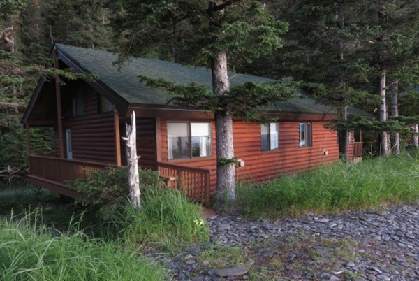 One of the eight cabins at Kenai Fjords Wilderness Lodge