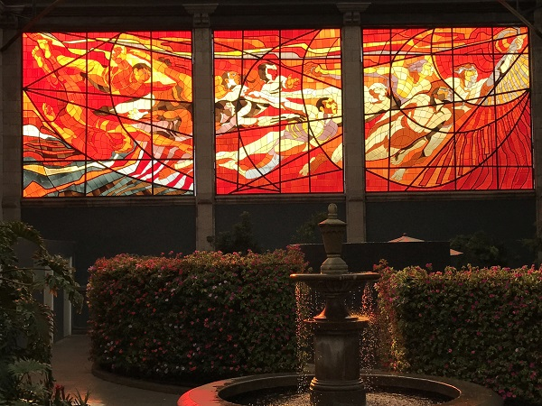 Cosmovitral Botanical Garden stained-glass created by Tolucan artist Leopoldo Flores